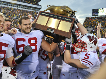 Hi-res-105982218-offensive-lineman-gabe-carimi-for-the-wisconsin-badger_display_image