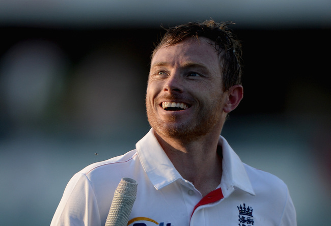 Hi-res-186531739-ian-bell-of-england-leaves-the-field-after-day-two-of_crop_650