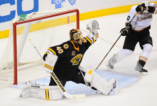 Hi-res-186502930-tuukka-rask-of-the-boston-bruins-makes-a-save-against_crop_650x440