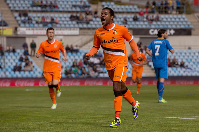 Hi-res-186693929-dorlan-pabon-of-valencia-cf-celebrates-scoring-their_crop_650