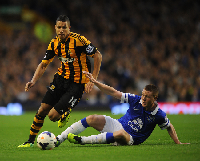 Hi-res-185357569-james-mccarthy-of-everton-in-action-with-jake-livermore_crop_650