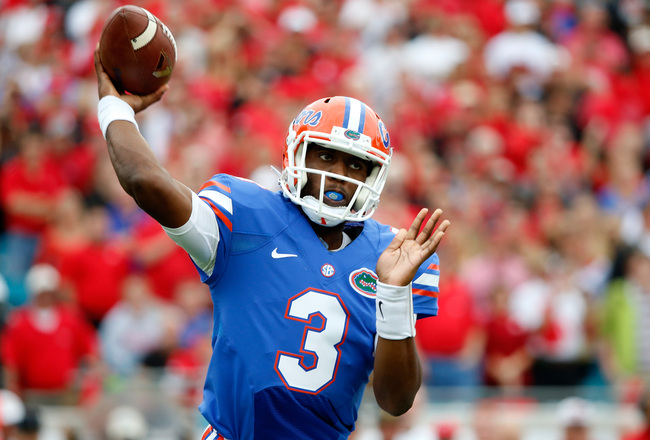 Hi-res-186646127-tyler-murphy-of-the-florida-gators-attempts-a-pass_crop_650x440