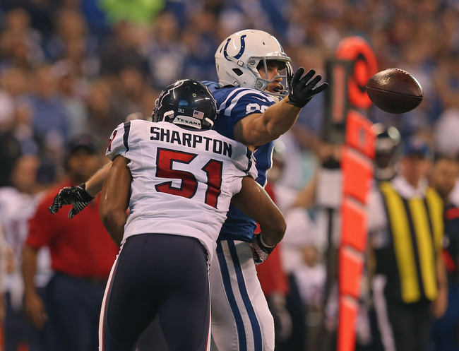 Hi-res-158864466-coby-fleener-of-the-indianapolis-colts-attempts-a-catch_crop_650
