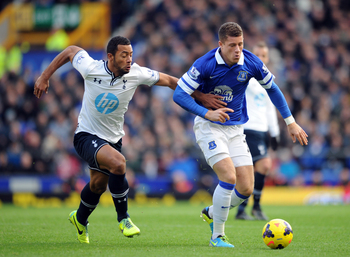Ross Barkley fends off Mousa Dembele.