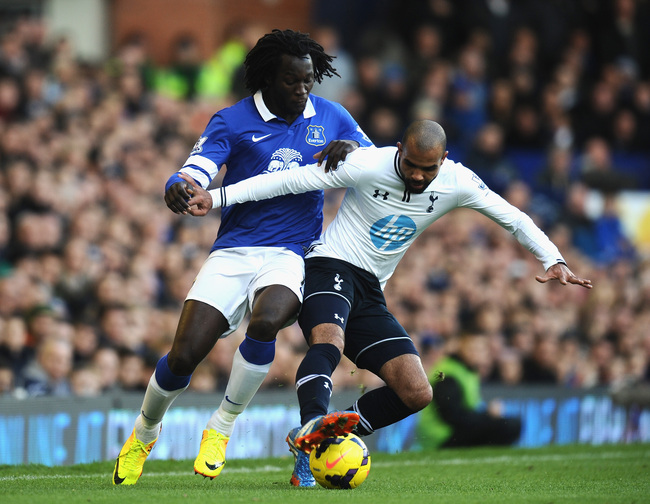 Hi-res-186698355-romelu-lukaku-of-everton-tackles-sandro-of-tottenham_crop_650