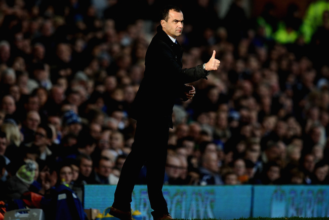 Hi-res-186698494-roberto-martinez-manager-of-everton-gestures-during-the_crop_650