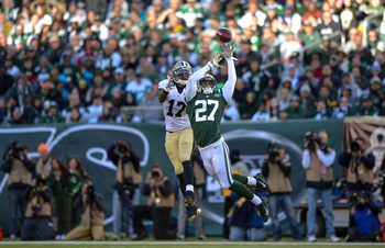 Hi-res-186726971-cornerback-dee-milliner-of-the-new-york-jets-breaks-up_display_image