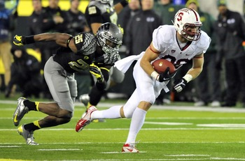 Hi-res-156650124-tight-end-zach-ertz-of-the-stanford-cardinal-runs-away_display_image
