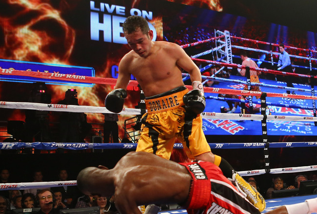 Hi-res-166550298-nonito-donaire-stands-over-guillermo-rigondeaux-which_crop_650x440