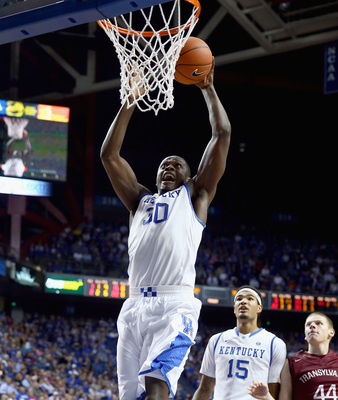 Hi-res-186592180-julius-randle-of-the-kentucky-wildcats-shoots-the-ball_display_image