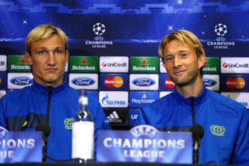 Hi-res-180780668-bayer-leverkusen-manager-sami-hyypia-with-his-team_display_image