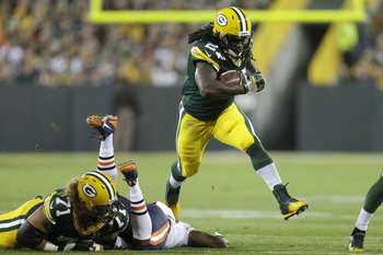 Hi-res-186898186-eddie-lacy-of-the-green-bay-packers-runs-with-the_display_image
