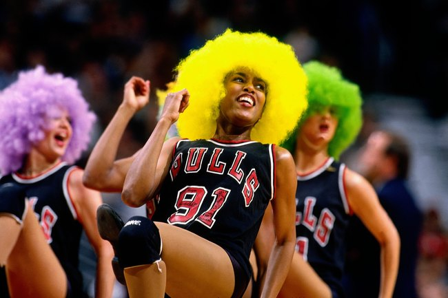 Hilarious Cheerleader Pics from the '80s and '90s