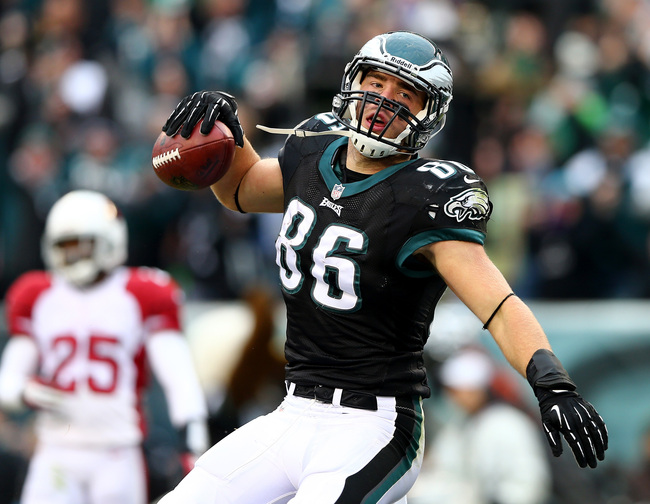 Hi-res-452803177-zach-ertz-of-the-philadelphia-eagles-celebrates-his_crop_650