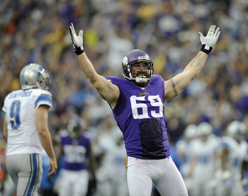 Hi-res-459726767-jared-allen-of-the-minnesota-vikings-celebrates-a-sack_display_image