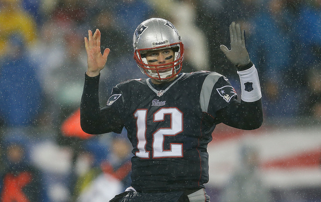 Hi-res-459739541-tom-brady-of-the-new-england-patriots-gestures-in-the_crop_650