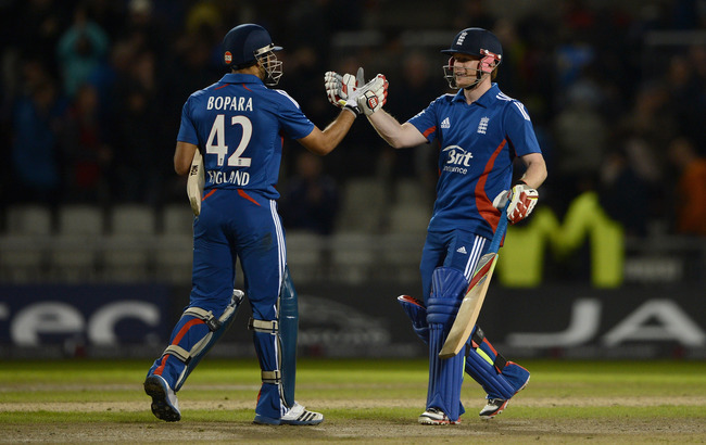 Hi-res-148129549-ravi-bopara-and-eoin-morgan-of-england-celebrate_crop_650