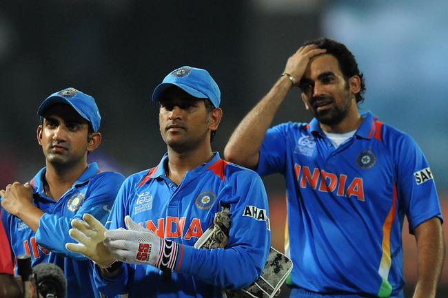 Hi-res-153257287-dhoni-along-with-teammates-gautam-gambhir-and-zaheer_crop_650