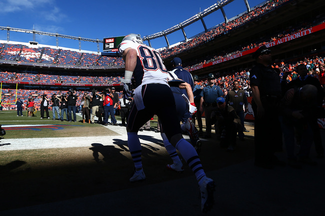 Hi-res-463799243-danny-amendola-of-the-new-england-patriots-takes-the_crop_650