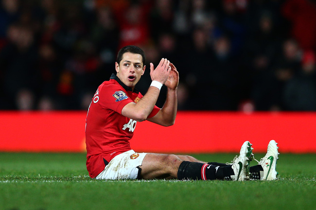 Hi-res-464594713-dejected-javier-hernandez-of-manchhester-united-reacts_crop_650