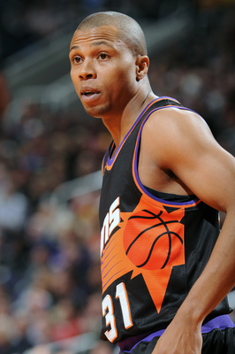 Hi-res-162134863-sebastian-telfair-of-the-phoenix-suns-looks-towards-the_display_image