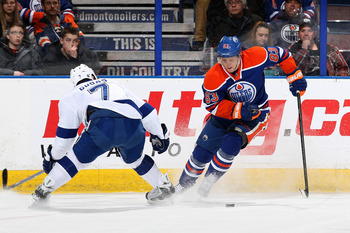 Hi-res-460862505-ales-hemsky-of-the-edmonton-oilers-makes-a-move-around_display_image