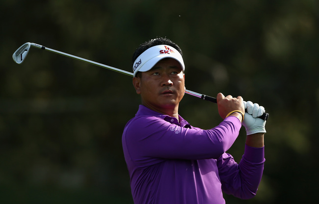 Hi-res-465018997-choi-hits-a-tee-shot-ont-he-11th-hole-during-the-third_crop_650