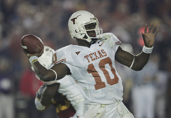 Hi-res-56525625-quarterback-vince-young-of-the-texas-longhorns-throws_display_image