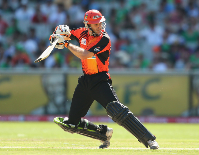 Hi-res-465368767-simon-katich-of-the-scorchers-bats-during-the-big-bash_crop_650