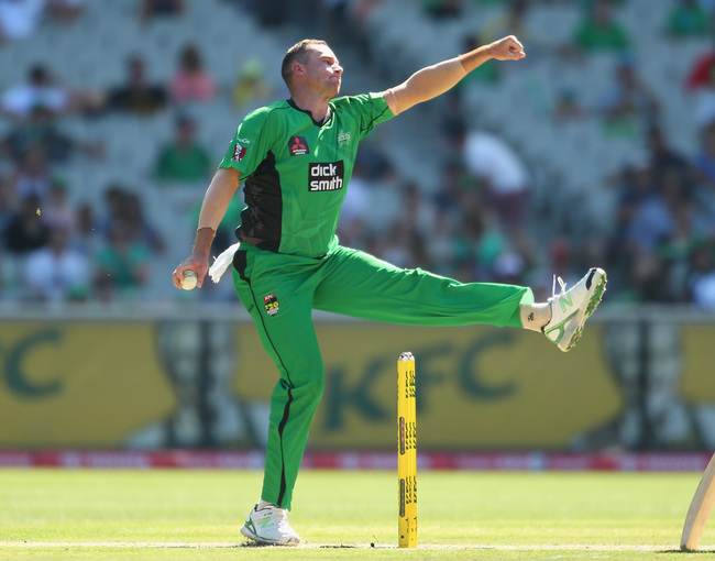 Hi-res-465367897-john-hastings-of-the-stars-bowls-during-the-big-bash_crop_650
