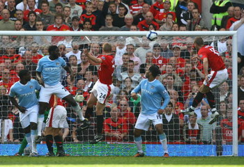 MANCHESTER, ENGLAND - SEPTEMBER 20:   Darren Fletcher of Manchester United scores his team's third goal during the Barclays Premier League match between Manchester United and Manchester City at Old Trafford on September 20, 2009 in Manchester, England. (P