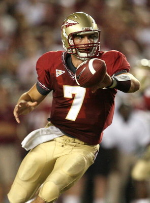 TALLAHASSEE, FL - SEPTEMBER 07: Quarterback Christian Ponder #7 of the Florida State Seminoles pitches the ball on an option play during action against the Miami Hurricanes at Doak Campbell Stadium on September 7, 2009 in Tallahassee, Florida.  (Photo by