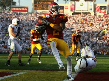 PASADENA, CA - JANUARY 01:  Runningback C.J. Gable #2 of the USC Trojans scores a 20 yard touchdown reception during the 95th Rose Bowl Game presented by Citi against the Penn State Nittany Lions at the Rose Bowl on January 1, 2009 in Pasadena, California