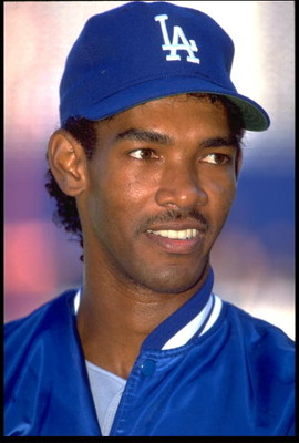 21 APR 1991:  A CANDID PORTRAIT OF LOS ANGELES DODGERS PITCHER RAMON MARTINEZ DURING THE DODGERS VERSUS SAN DIEGO PADRES GAME AT JACK MURPHY STADIUM IN SAN DIEGO, CALIFORNIA.  MANDATORY CREDIT:  STEPHEN DUNN/ALLSPORT USA