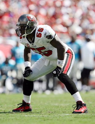 TAMPA, FL - OCTOBER 12:  Linebacker Derrick Brooks #55 of the Tampa Bay Buccaneers drops back into position against the Carolina Panthers at Raymond James Stadium on October 12, 2008 in Tampa, Florida. The Buccaneers defeated the Panthers 27-3.  (Photo by