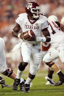 AUSTIN, TX - NOVEMBER 27: Quarterback  Jerrod Johnson #1 of the Texas A&M Aggies drops back with the ball against the Texas Longhorns on November 27, 2008 at Darrell K Royal-Texas Memorial Stadium in Austin, Texas.  Texas won 49-9. (Photo by Brian Bahr/Ge