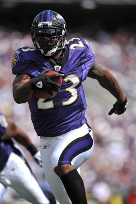 BALTIMORE - SEPTEMBER 27:  Willis McGahee #23 of the Baltimore Ravens runs the ball in for the winning touchdown against the Cleveland Browns at M&T Bank Stadium on September 27, 2009 in Baltimore, Maryland. The Ravens defeated the Browns 34-3. (Photo by