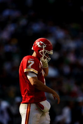 PHILADELPHIA - SEPTEMBER 27:  Quarterback Matt Cassel #7 of the Kansas City Chiefs walks off the field during their game against the Philadelphia Eagles on September 27, 2009 at Lincoln Financial Field in Philadelphia, Pennsylvania.  (Photo by Travis Lind
