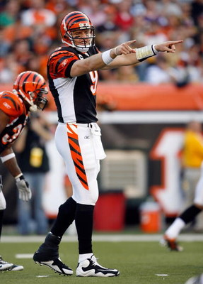 CINCINNATI - SEPTEMBER 27:  Carson Palmer #9 of the Cincinnati Bengals gives instructions to his team during the NFL game against the Pittsburgh Steelers at Paul Brown Stadium on September 27, 2009 in Cincinnati, Ohio.  The Bengals won 23-20.  (Photo by A