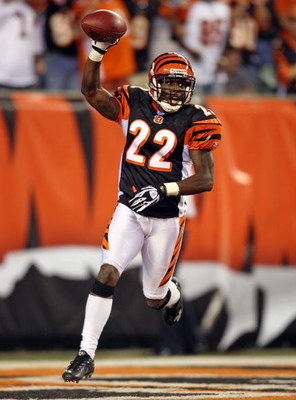 CINCINNATI - OCTOBER 21: Johnathan Joseph #22 of the Cincinnati Benglas celebrates after returning an interception for a touchdown against the New York Jets during the NFL game on October 21, 2007 at Paul Brown Stadium in Cincinnati, Ohio.  (Photo by Andy