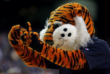 ATLANTA - MARCH 10:  Aubie, the mascot for the Auburn Tigers cheers during a time out in the first round of the SEC Men's Basketball Tournament against the Vanderbilt Commodores at the Georgia Dome on March 10, 2005 in Atlanta, Georgia. (Photo by Streeter