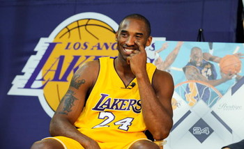 EL SEGUNDO, CA - SEPTEMBER 29:  Kobe Bryant #24 of the Los Angeles Lakers smiles during Lakers media day at the Lakers training facility on September 29, 2009 in El Segundo, California.  (Photo by Kevork Djansezian/Getty Images)