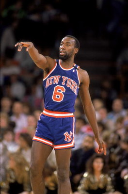 DENVER - 1989:  Trent Tucker #6 of the New York Knicks points his finger during an NBA game against the Denver Nuggets at McNichols Sports Arena in Denver, Colorado in 1989.  (Photo by: Tim Defrisco/Getty Images)