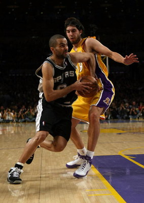 LOS ANGELES, CA - MAY 23:  Tony Parker #9 of the San Antonio Spurs drives on Sasha Vujacic #18 of the Los Angeles Lakers in the first half of Game Two of the Western Conference Finals during the 2008 NBA Playoffs on May 23, 2008 at Staples Center in Los A