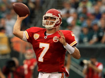 PHILADELPHIA - SEPTEMBER 27:  Quarterback Matt Cassel #7 of the Kansas City Chiefs passes against the Philadelphia Eagles during their game on September 27, 2009 at Lincoln Financial Field in Philadelphia, Pennsylvania.  (Photo by Travis Lindquist/Getty I