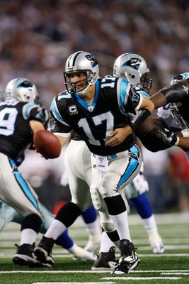 ARLINGTON, TX - SEPTEMBER 28:  Quarterback Jake Delhomme #17 of the Carolina Panthers at Cowboys Stadium on September 28, 2009 in Arlington, Texas.  (Photo by Ronald Martinez/Getty Images)
