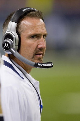 ST. LOUIS, MO - SEPTEMBER 27: Head coach Steve Spagnuolo of the St. Louis Rams looks on from the sideline against the Green Bay Packers at the Edward Jones Dome on September 27, 2009 in St. Louis, Missouri.  (Photo by Dilip Vishwanat/Getty Images)