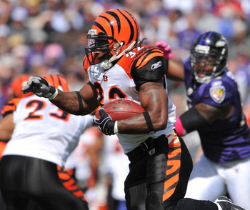 BALTIMORE - OCTOBER 11:  Cedric Benson #32 of the Cincinnati Bengals runs the ball against the Baltimore Ravens at M&T Bank Stadium on October 11, 2009 in Baltimore, Maryland. The Bengals defeated the Ravens 17-14. (Photo by Larry French/Getty Images)