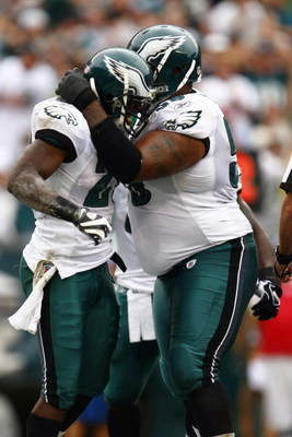 PHILADELPHIA - SEPTEMBER 27:  LeSean McCoy #29 of the Philadelphia Eagles celebrates his first quarter touchdown with teammate Nick Cole #59 against the Kansas City Chiefs during their game on September 27, 2009 at Lincoln Financial Field in Philadelphia,
