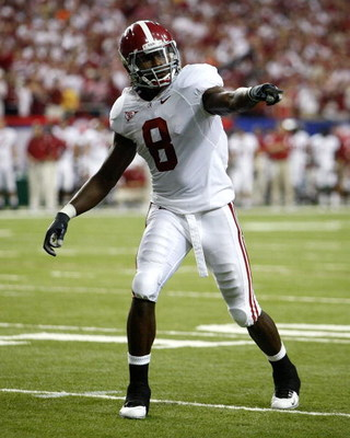 ATLANTA - SEPTEMBER 05:  Julio Jones #8 of the Alabama Crimson Tide against the Virginia Tech Hokies during the Chick-fil-A Kickoff Game at Georgia Dome on September 5, 2009 in Atlanta, Georgia.  (Photo by Kevin C. Cox/Getty Images)